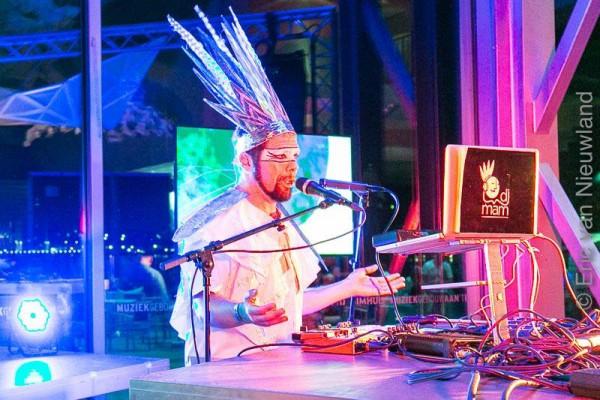 DJ MAM - Viva Brasil 205 ©  Eric van Nieuwland