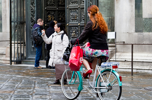 Mulher holandesa - © Matthew Kenwrick ( Flickr) - Bailandesa.nl