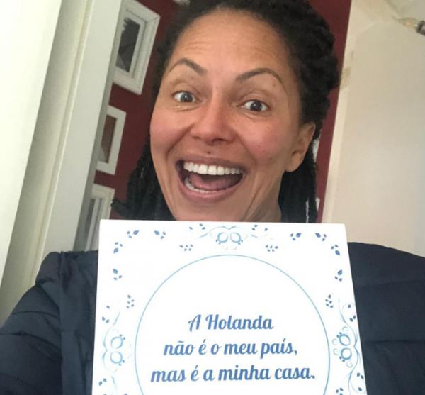 Clube do Azulejo da Bailandesa : Conheça a história de Flávia Costa