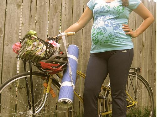 Gravidez da Holanda ©©Cycling at 32 weeks by Simply Bike, on Flickr