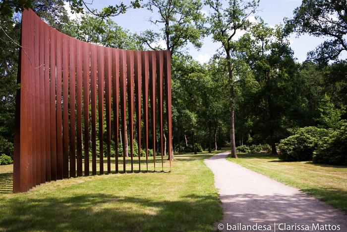 Kroller-Muller Museu - Jardim das esculturas (c) Bailandesa.nl