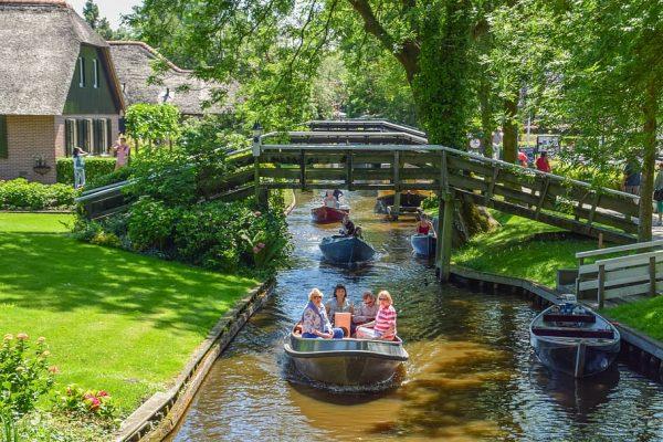 Giethoorn - Turismo na Holanda - Bailandesa