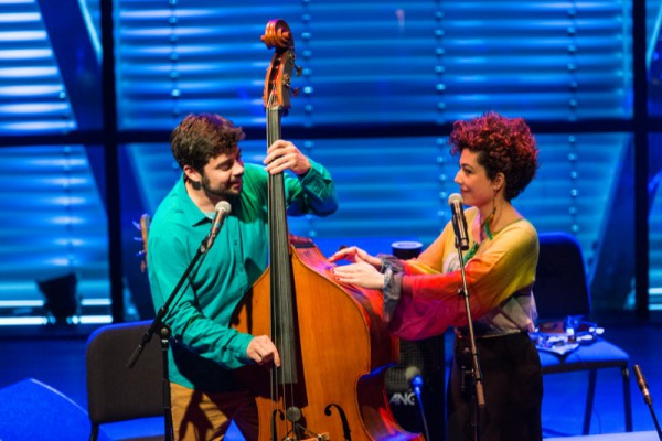 Vanessa Moreno & Fi Maróstica - Viva Brasil 2015 foto Eric van Nieuwland