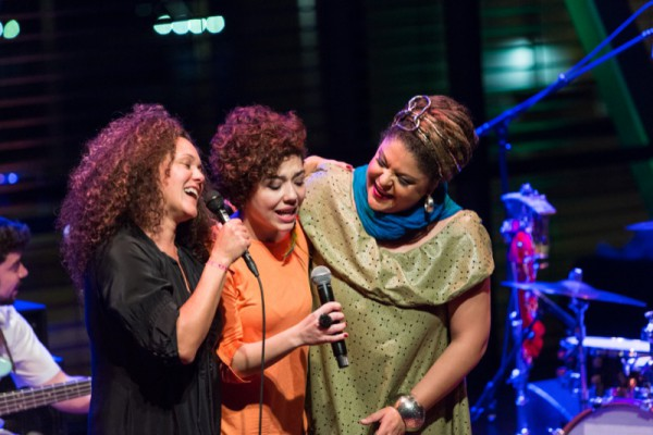 Ceumar, Vanessa Moreno, Fabiana Cozza Viva Brasil 2015 foto © Eric van Nieuwland