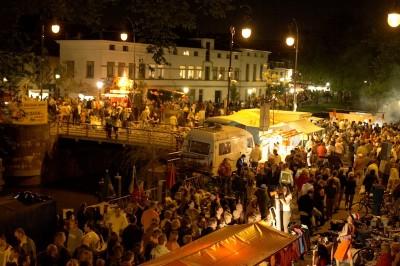 vrijmarkt  - Dia da Rainha na Holanda